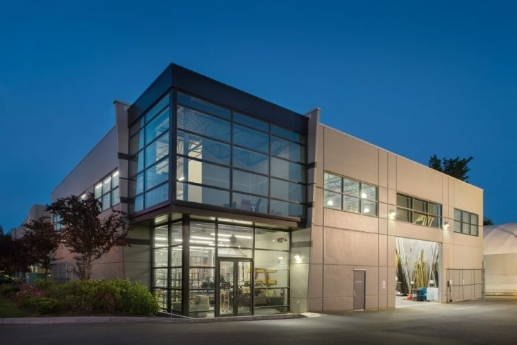 architecture addition to the dynamic warehouse in abbotsford, bc