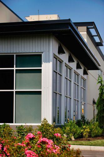 maxswi warehouse building in chilliwack, bc