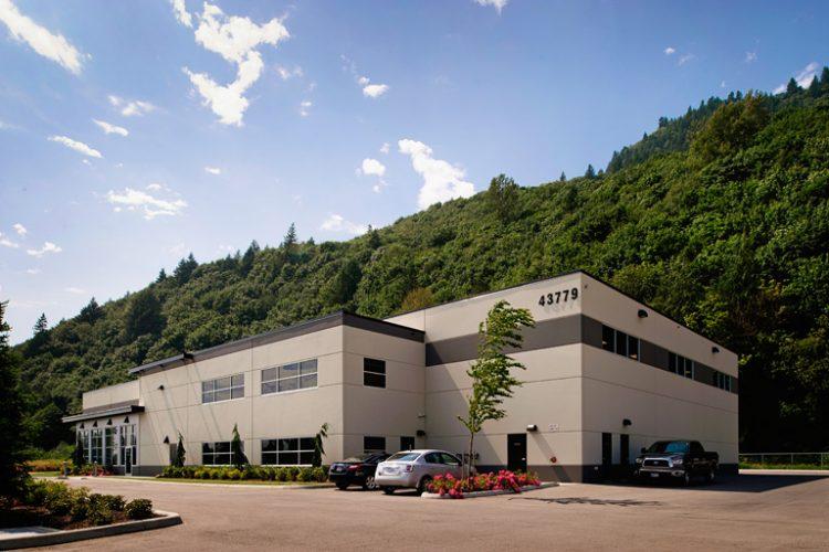 architecture design for maxswi warehouse in chilliwack, bc