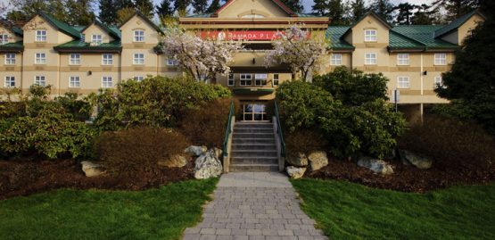 quality hotel & conference centre in abbotsford, bc