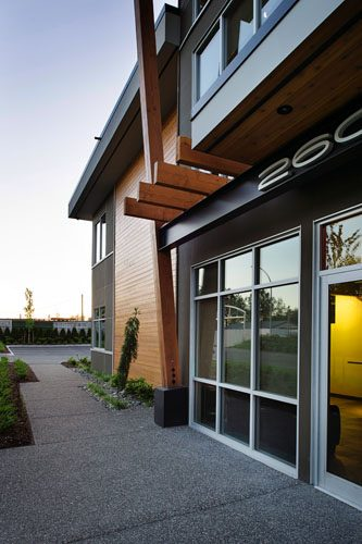 Bert's Electric in Langley architecture design